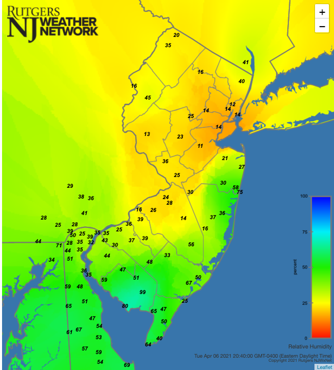Relative humidity at 8:40 PM on April 6th at NJWxNet stations